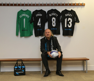 Bill Bailey and Men United